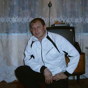 василий, 45 лет, Карасук