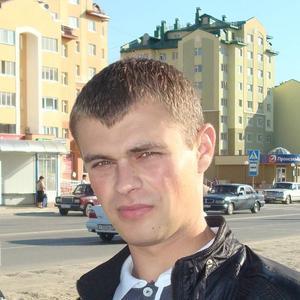 Артем, 37 лет, Тобольск